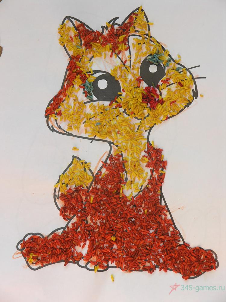 Картина из цветного риса. Выполненно ребенком