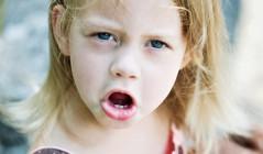 Как обучить малыша звукам