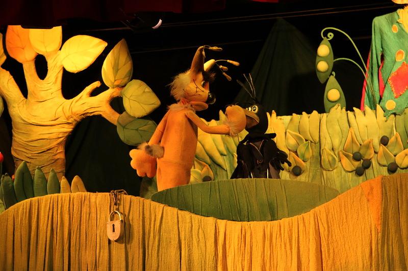 Посещение детского театра с ребенком