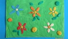 Цветочная полянка из пластилина