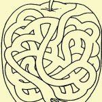 Яблочный лабиринт
